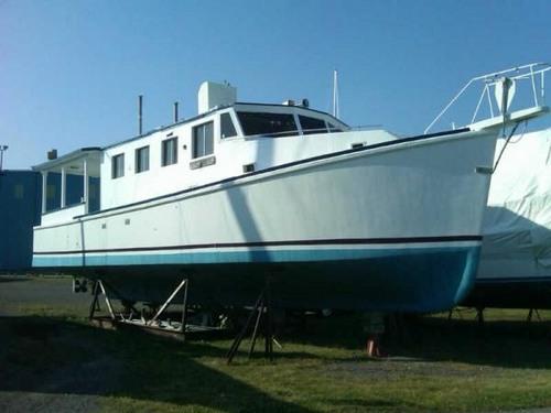 Fishing Vessel 146 / Dive Boat