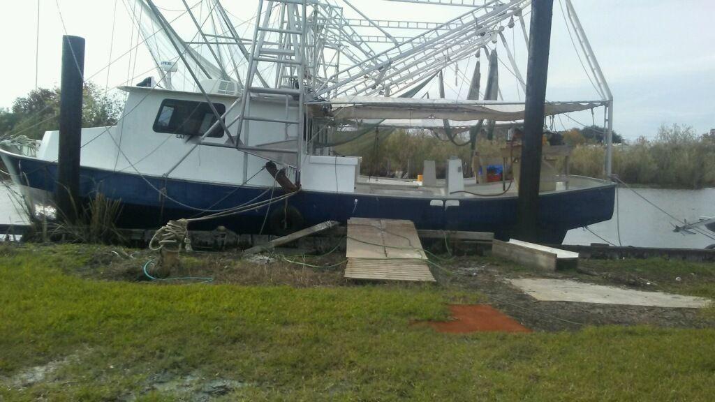 Fishing Vessel 166